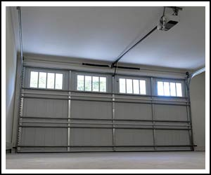 United Garage Door Repair Service St Paul, MN 651-302-7803